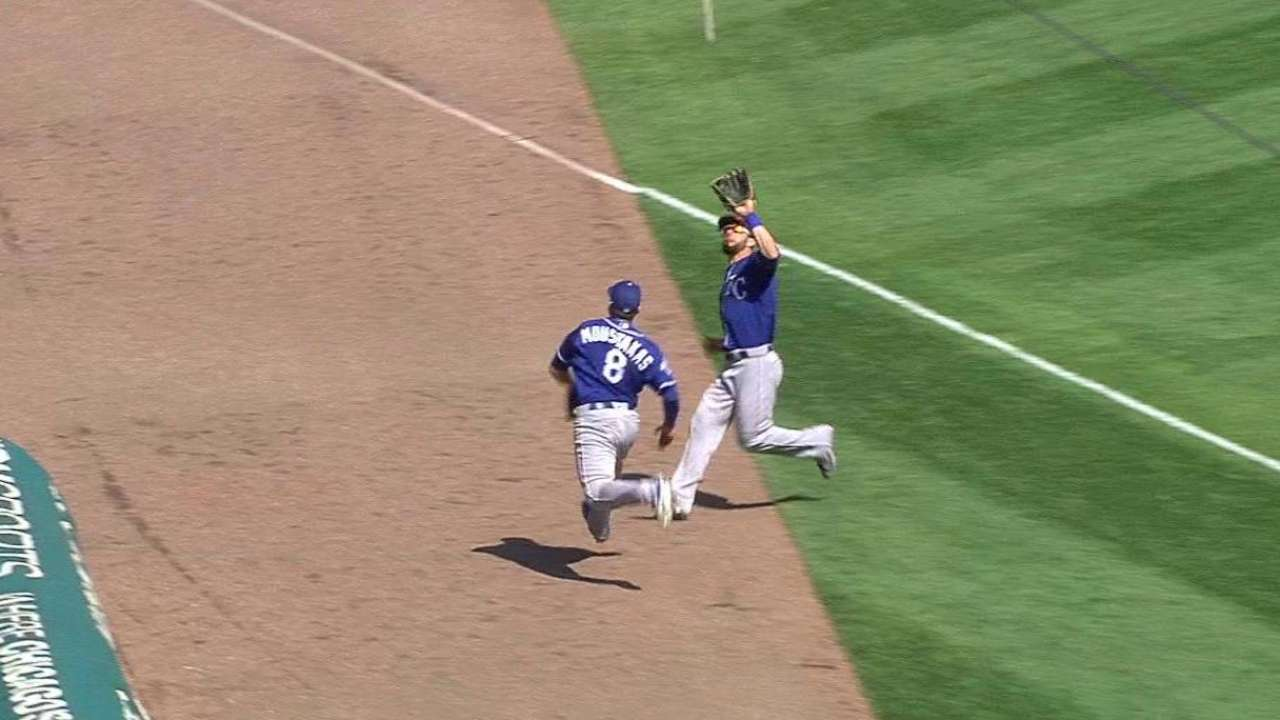 Moustakas and Gordon collide
