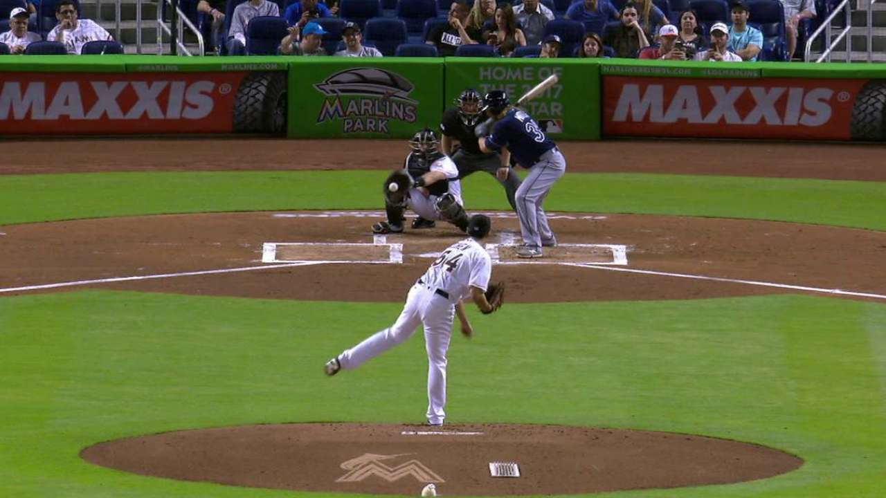Motter walks with bases loaded