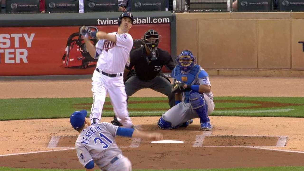 Mauer's solo home run