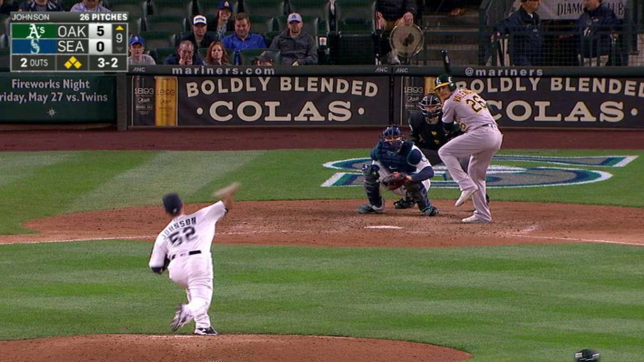 Johnson finding his niche with Mariners