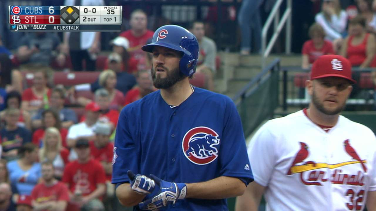 Cubs' 15-hit attack polishes Hammel's gem