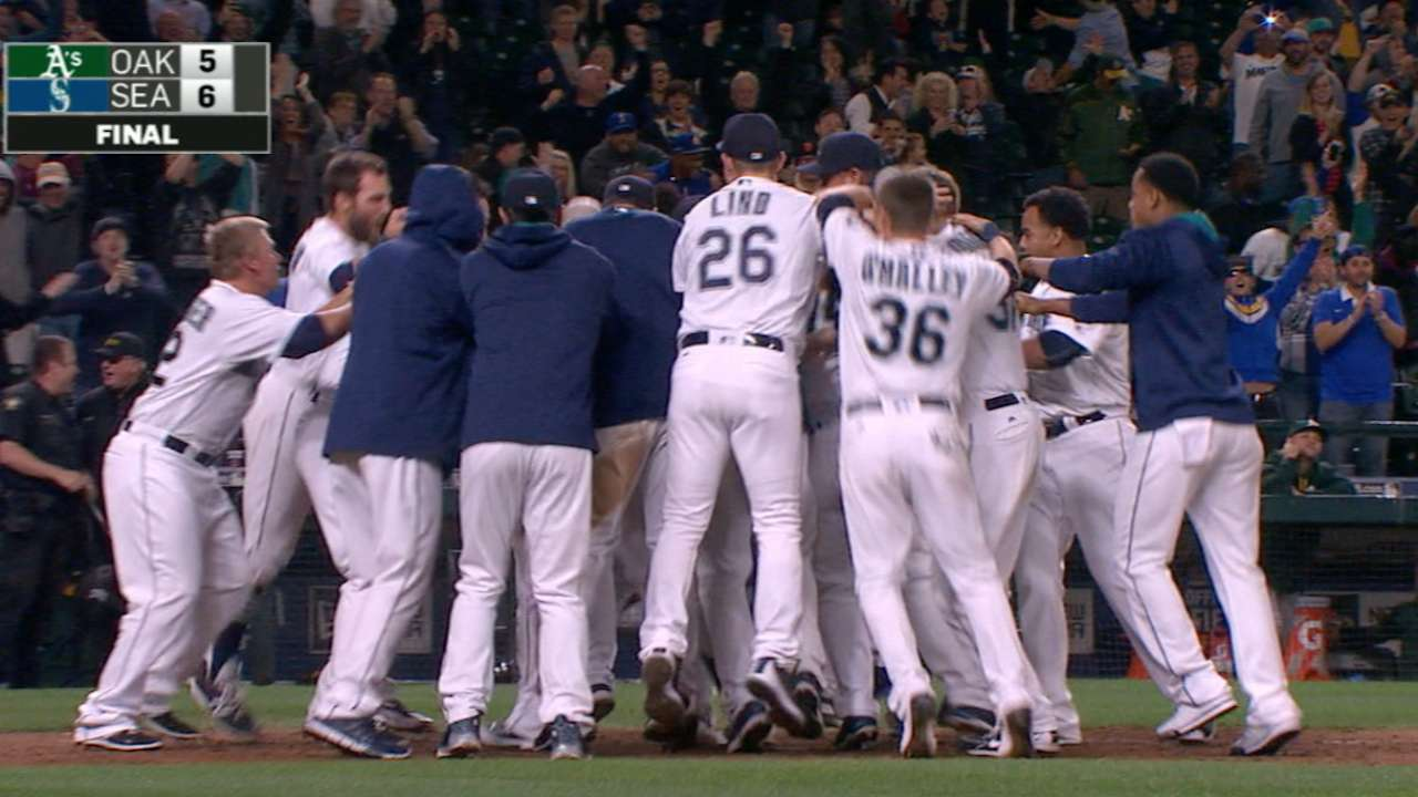 Martin's walk-off homer