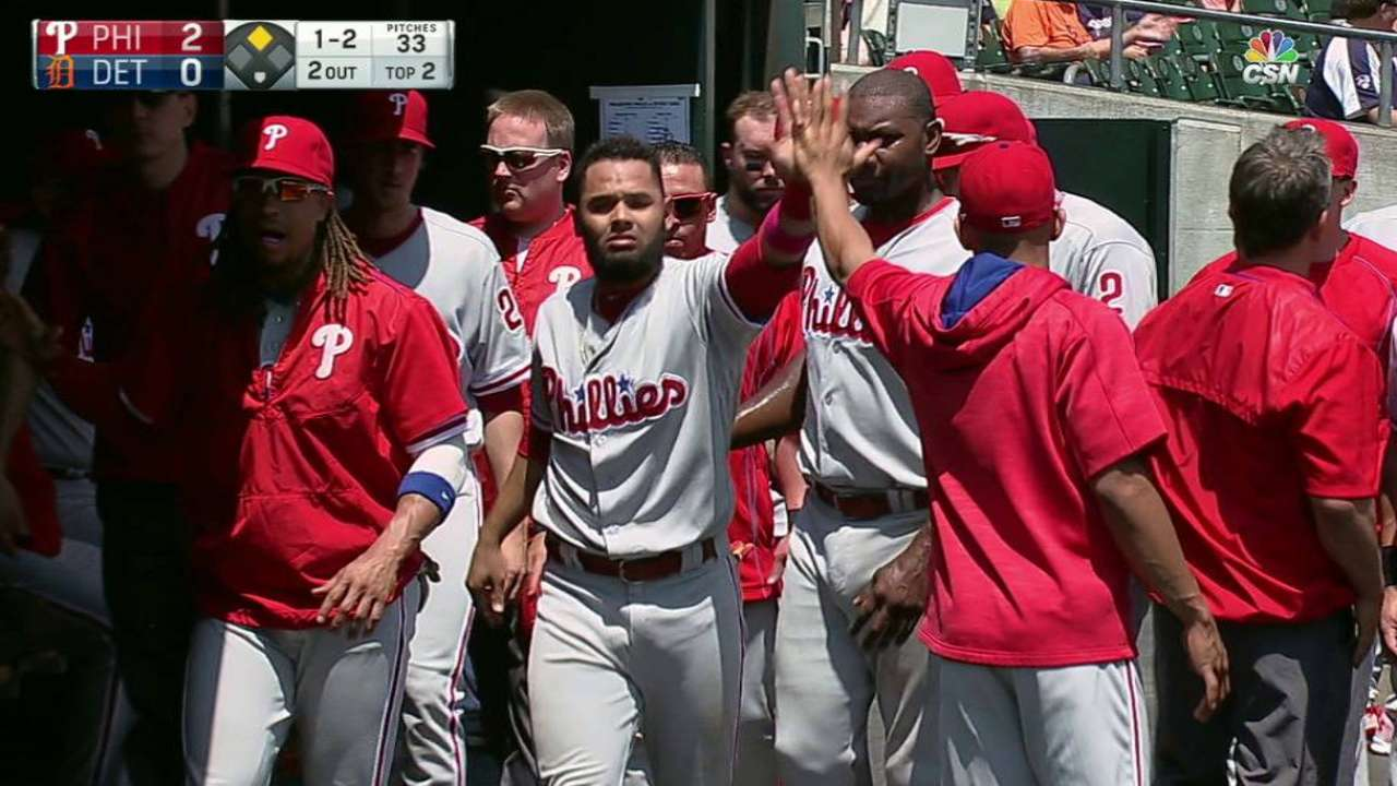 Aggressive Blanco steals home for Phillies