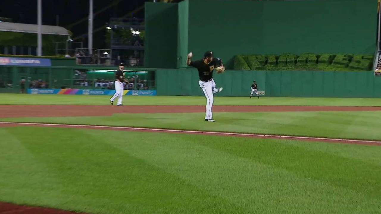 Freese's backhanded stop
