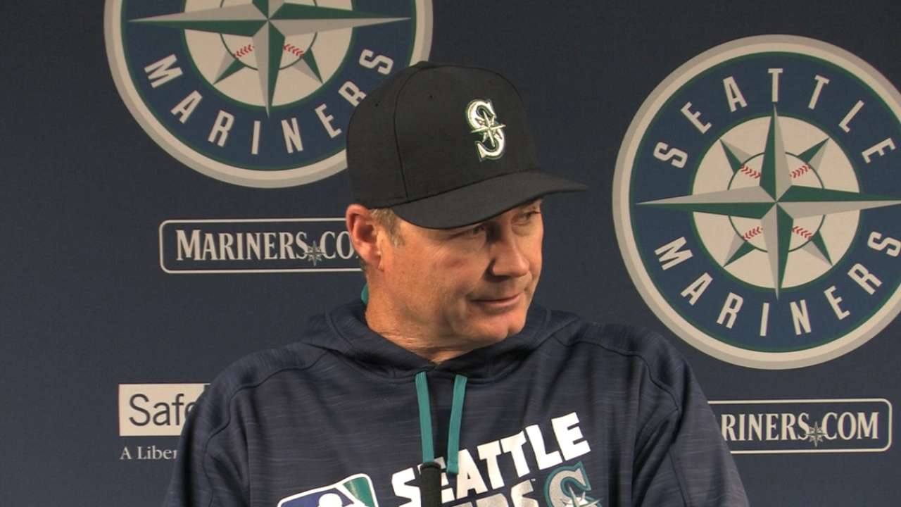 Servais on offense in 13-3 win