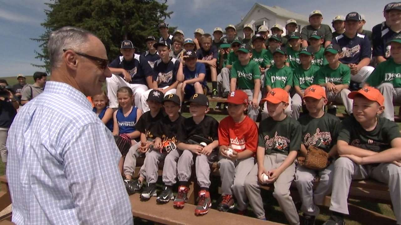 'We Are Baseball' tour takes Hall of Fame on road