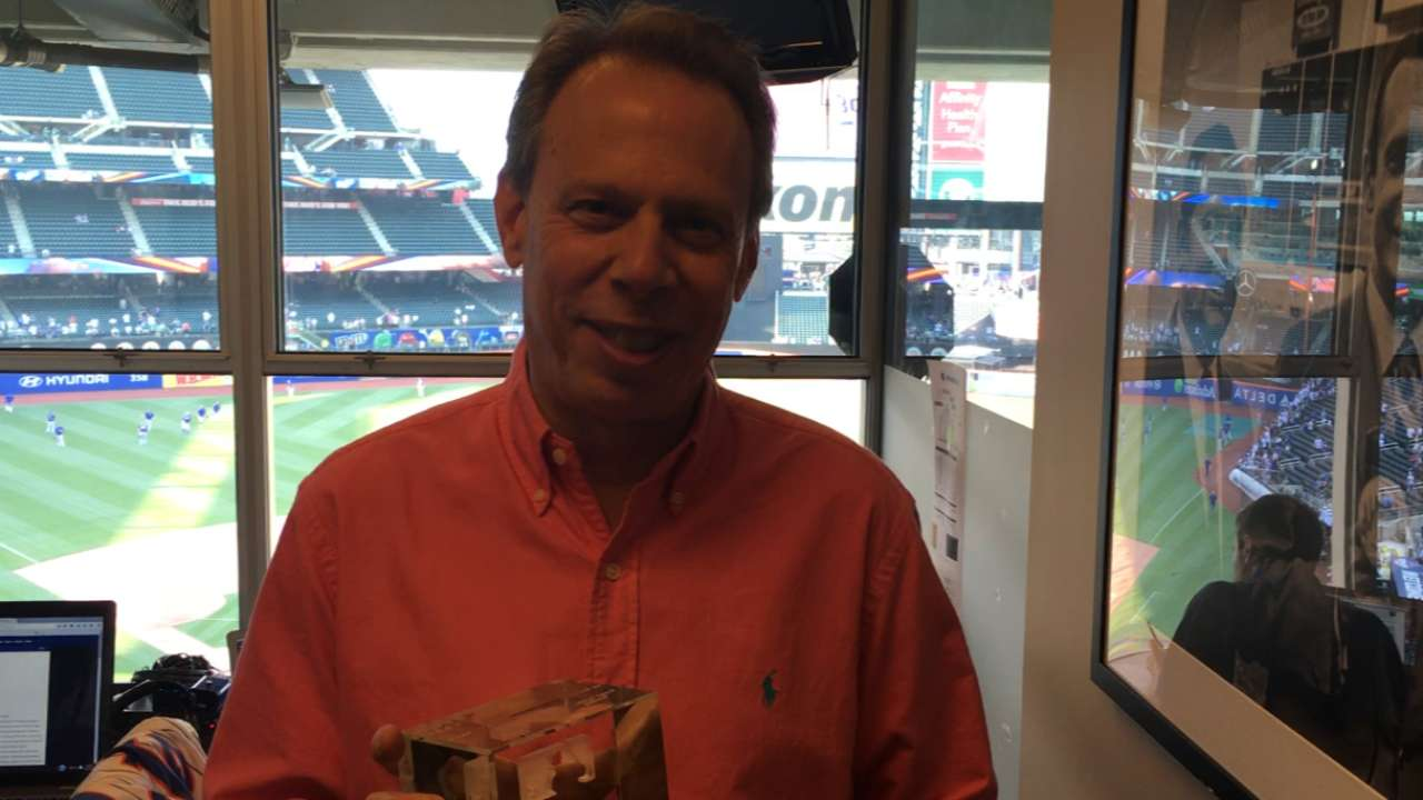 Mets broadcaster Rose recieves Esurance MLB Award
