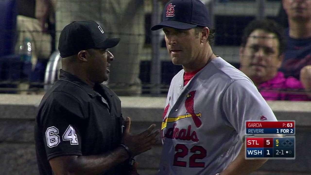 Umpire warns J. Garcia