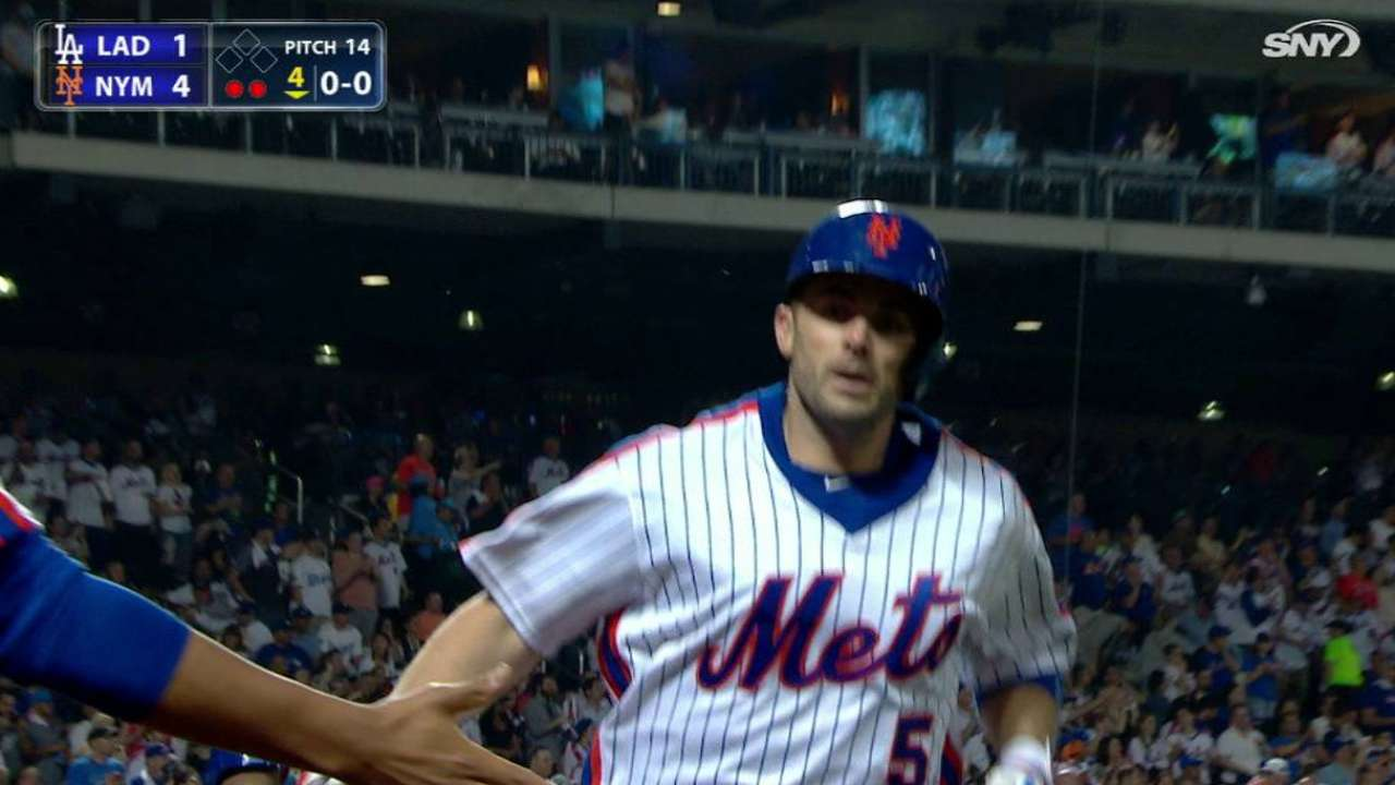 Wright, Mets show 'concern' over neck injury