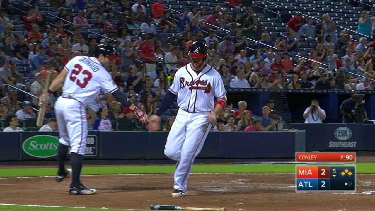 Markakis' 2-run hit lifts Braves over Marlins