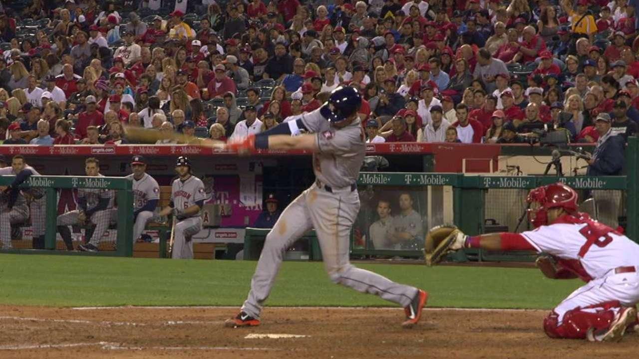 Moran's first MLB hit