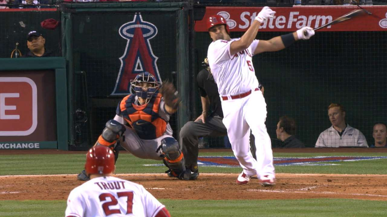 Shoemaker stymies Astros as Pujols hits 570th