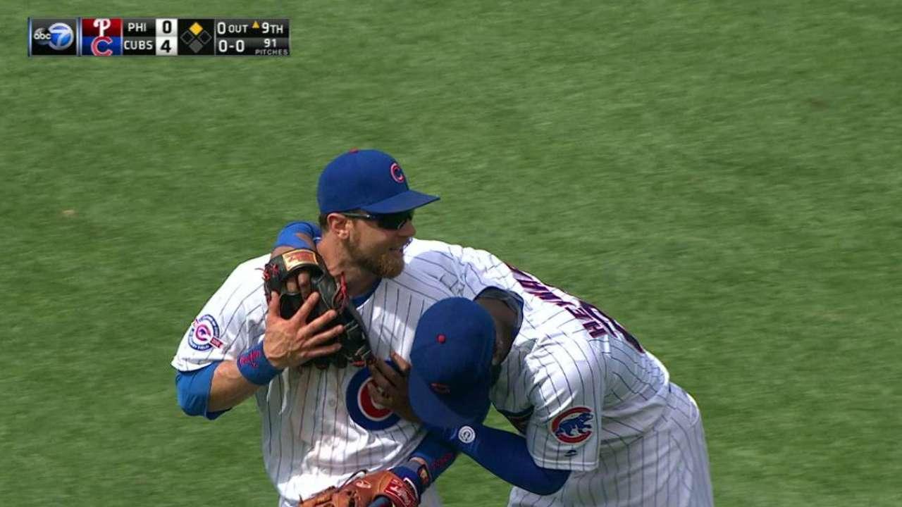 Zobrist, Heyward hug it out
