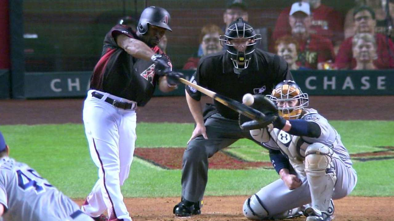 D-backs take early lead, fend off Padres' rally