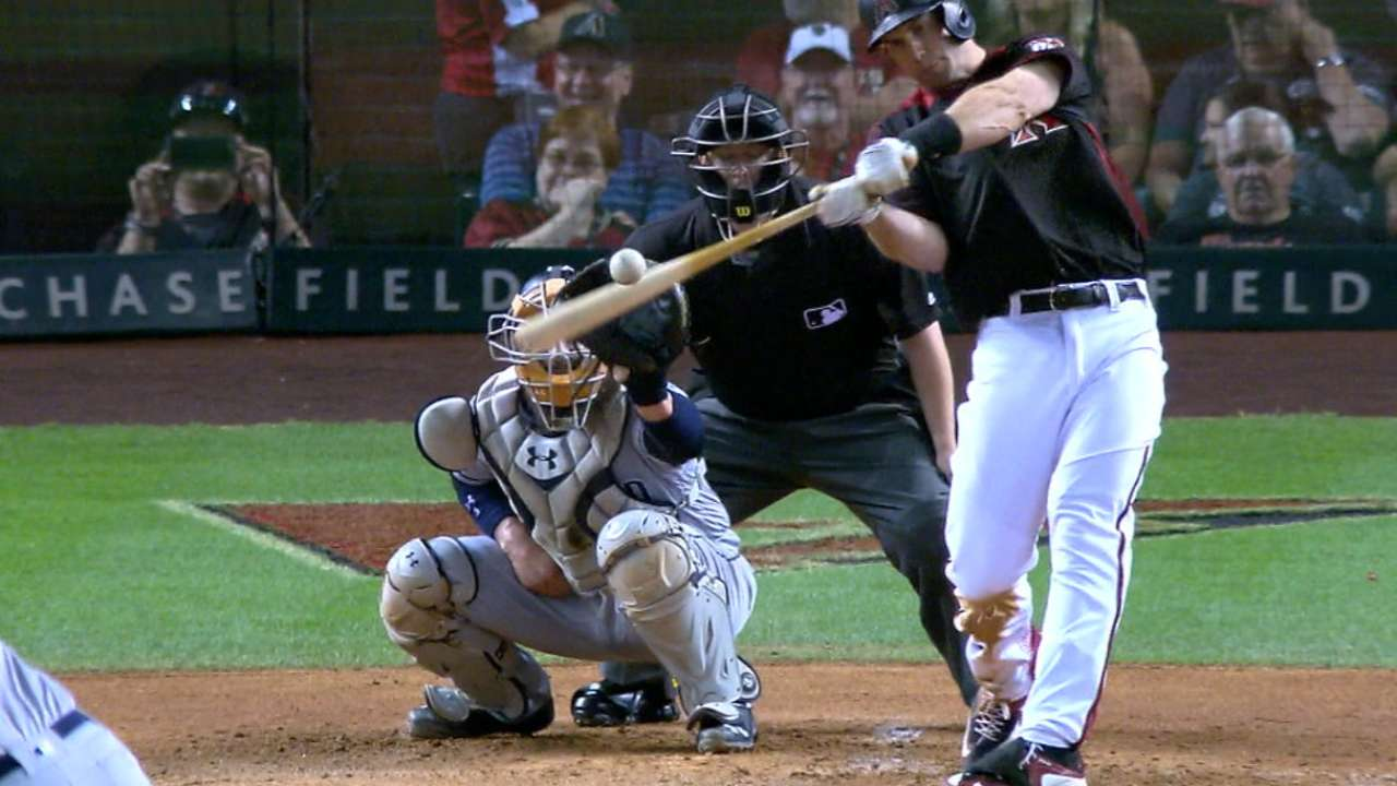 D-backs' bats emerge to overpower Padres