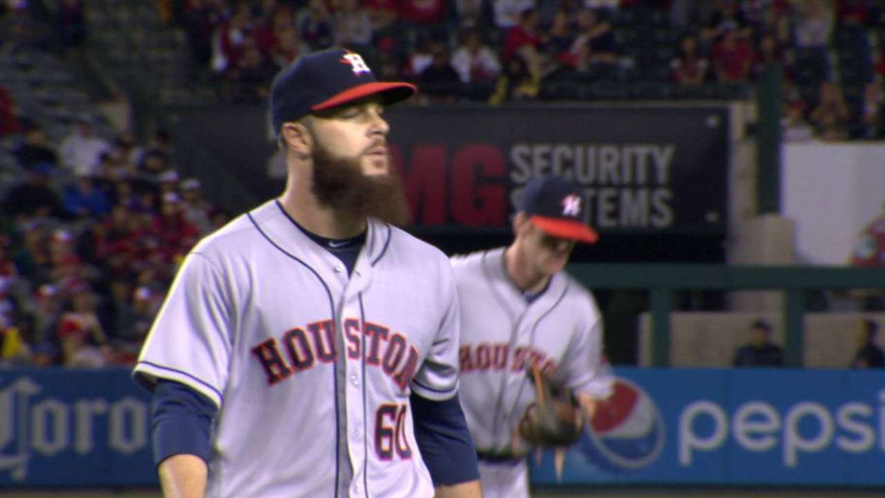Keuchel's nice defensive play