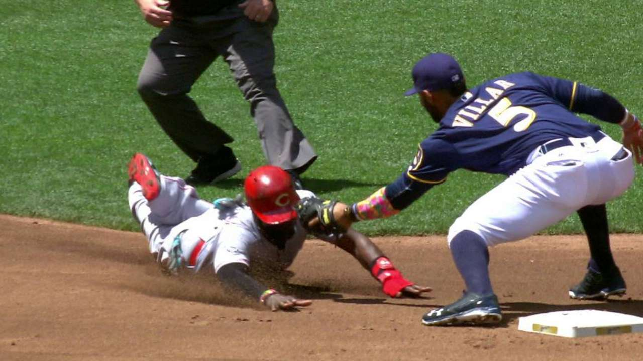 Lucroy gets Phillips at second