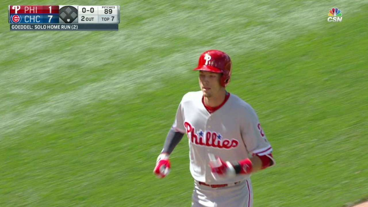Velasquez roughed up as Phils lose finale