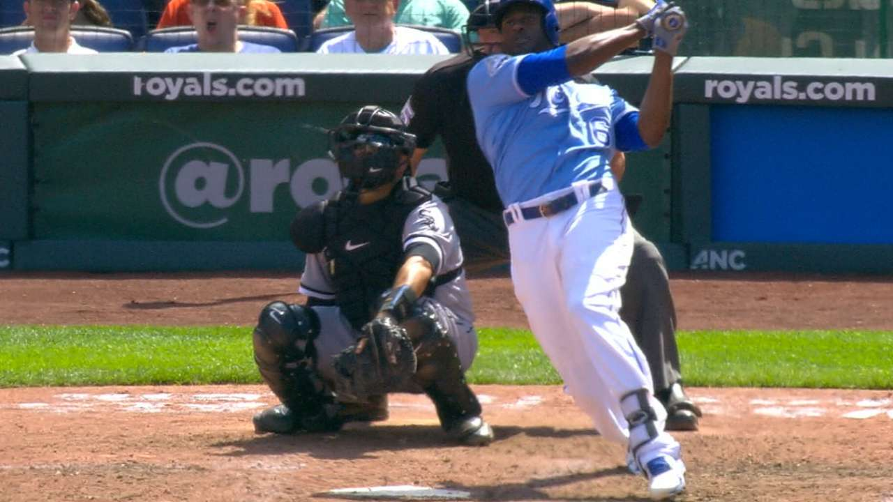 Royals get back to their old tricks