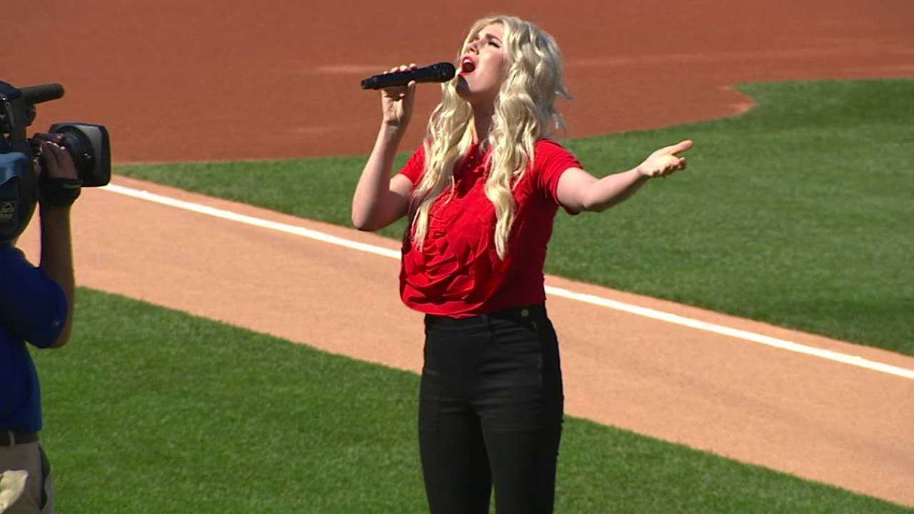 Zobrist's wife sings anthem on Memorial Day