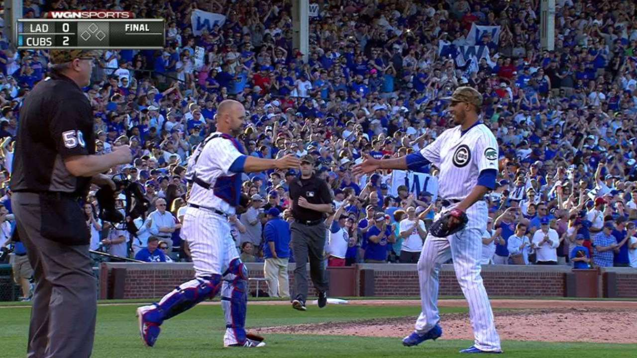 Cubs 1-hit LA with 7 innings of perfect relief
