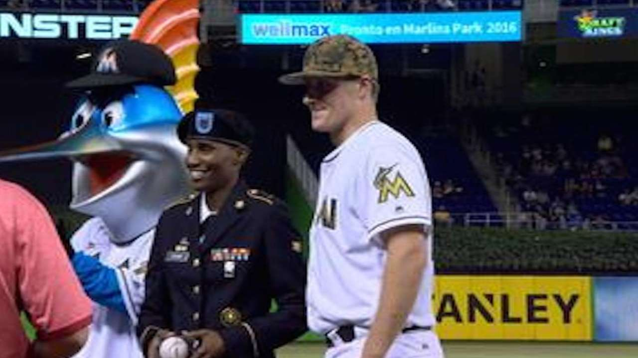 Marlins commemorate Memorial Day at the park