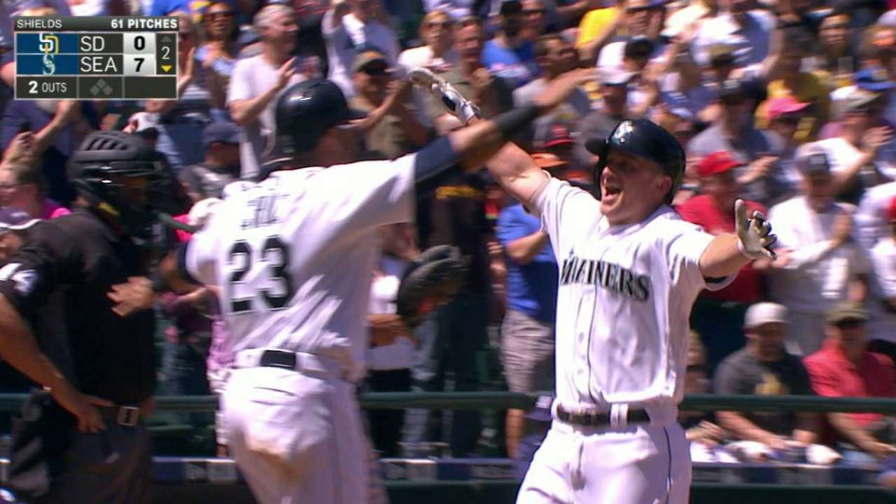 Seager's marvelous May ends in fitting way