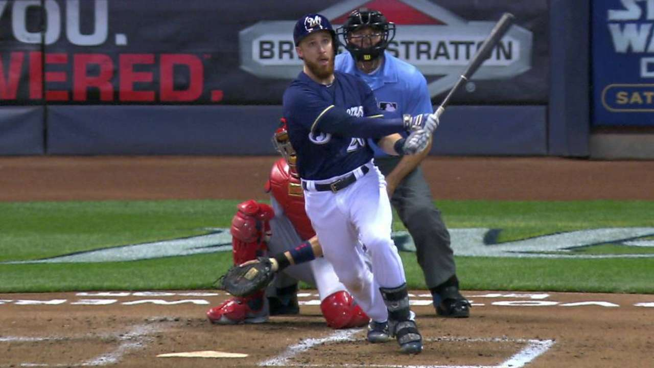 May was kind to Brewers' Lucroy, Villar