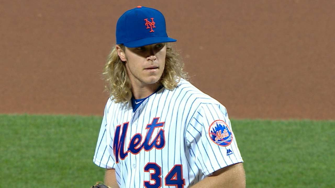 Syndergaard fans two in relief