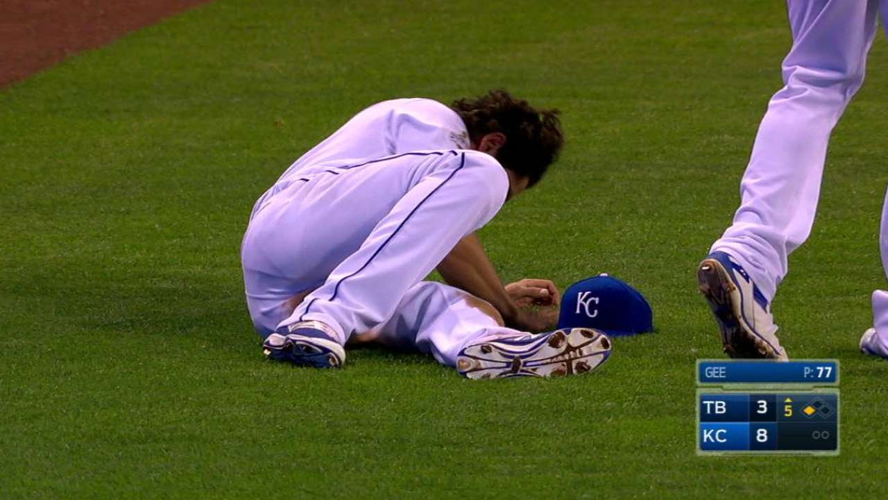 Royals place Eibner on DL with ankle sprain