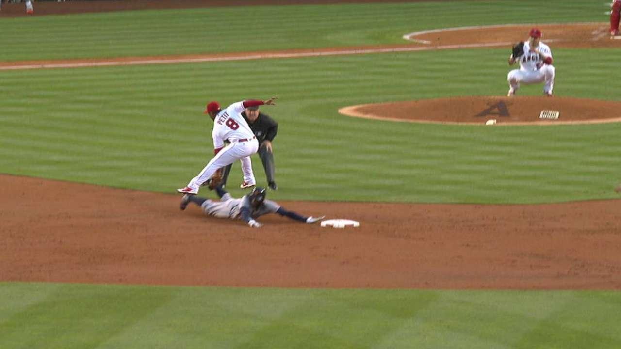 Perez throws out Maybin