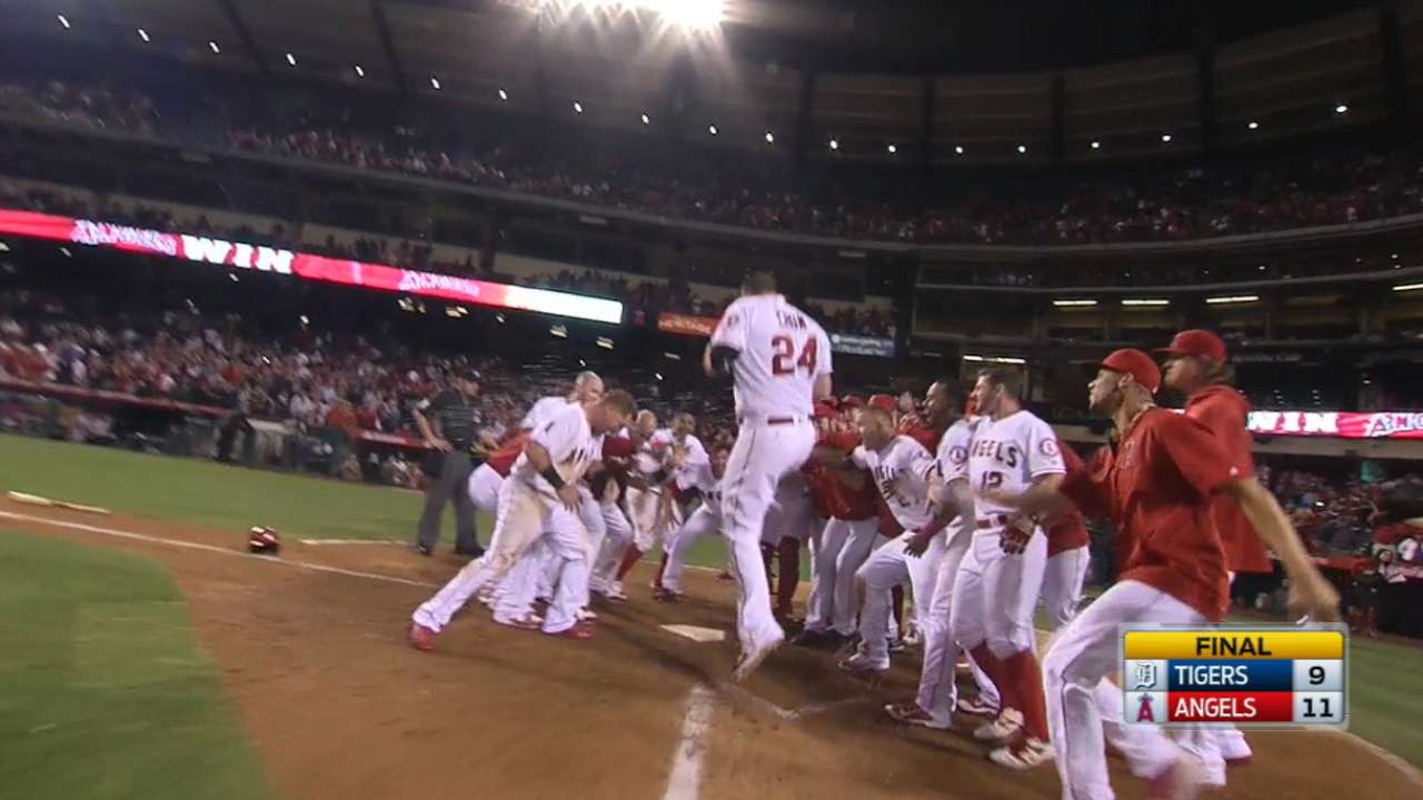 Cron's two-homer game