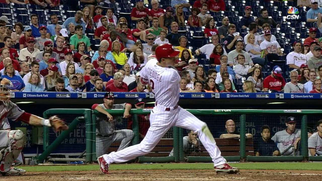 Reds claim outfielder Goeddel from Phillies