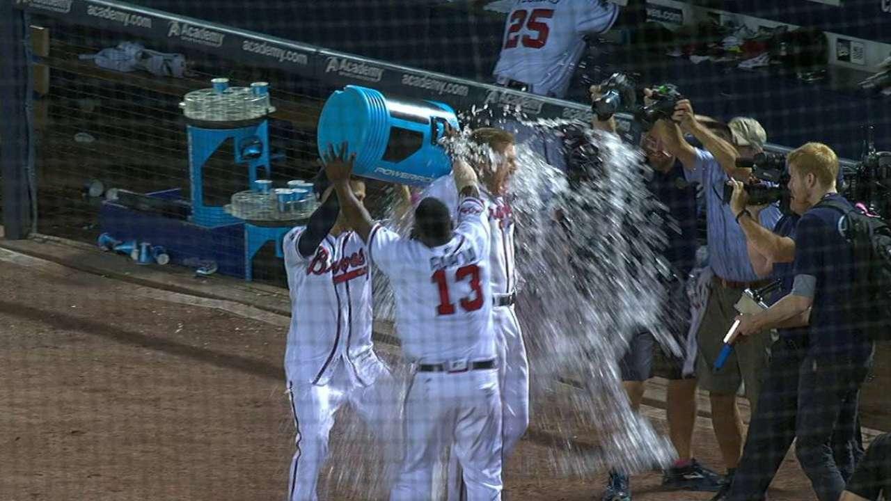 Freeman, Braves hope walk-off HR is spark