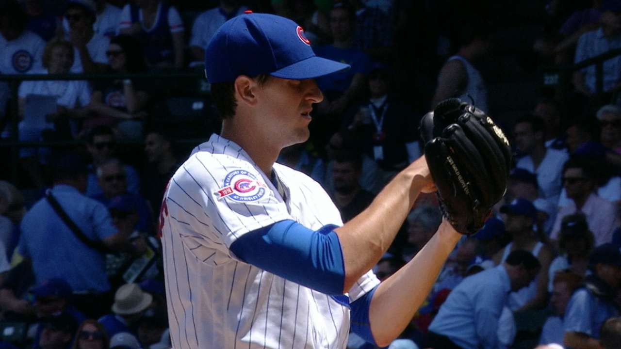 Hendricks' three-hit gem