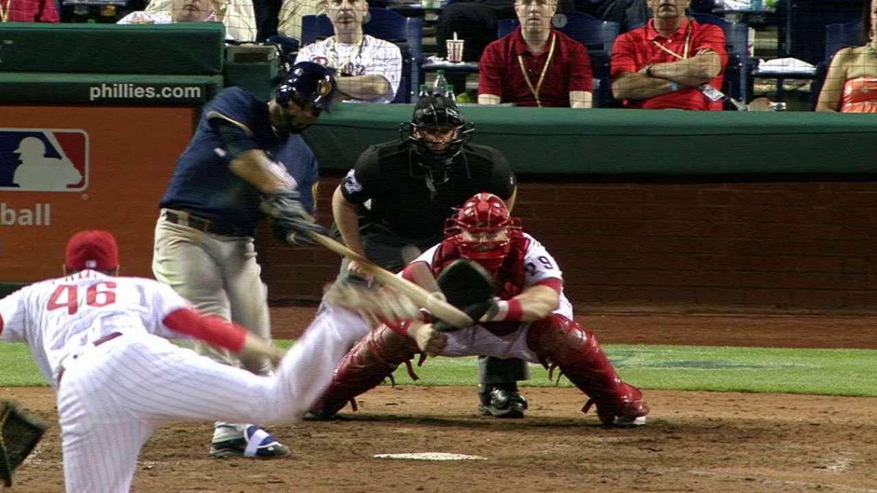 Villar's two-run homer