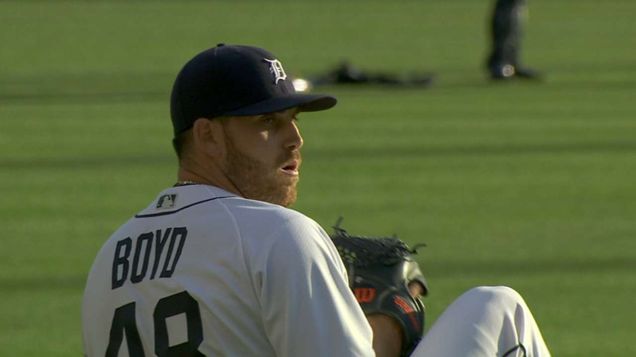 Boyd flirts with no-no in loss