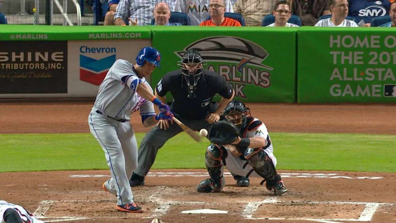 Mets knock 3 HRs as Thor hammers Marlins