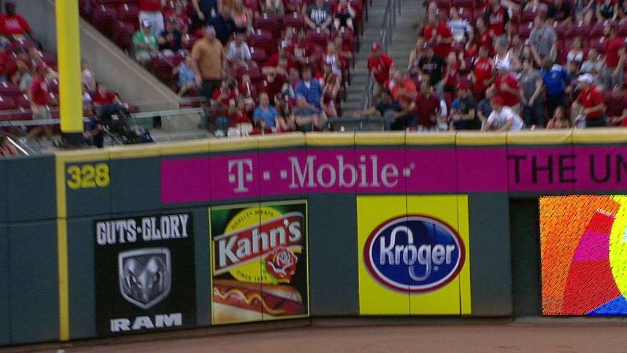 Suarez homers after review