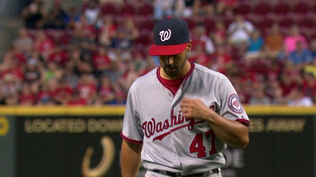 Gio plagued by another rough inning in loss