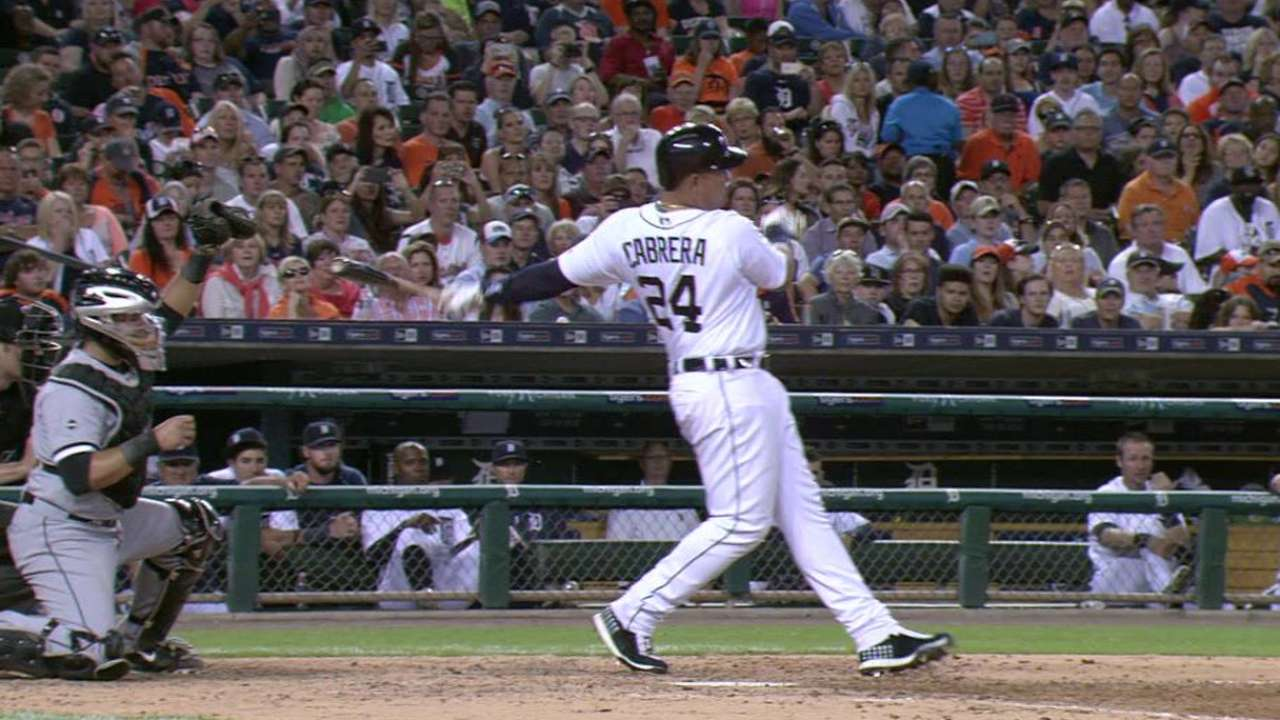 Miggy has tight back, expects to play today