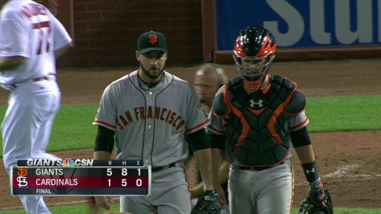 Without Pence, Giants ride Cueto to victory