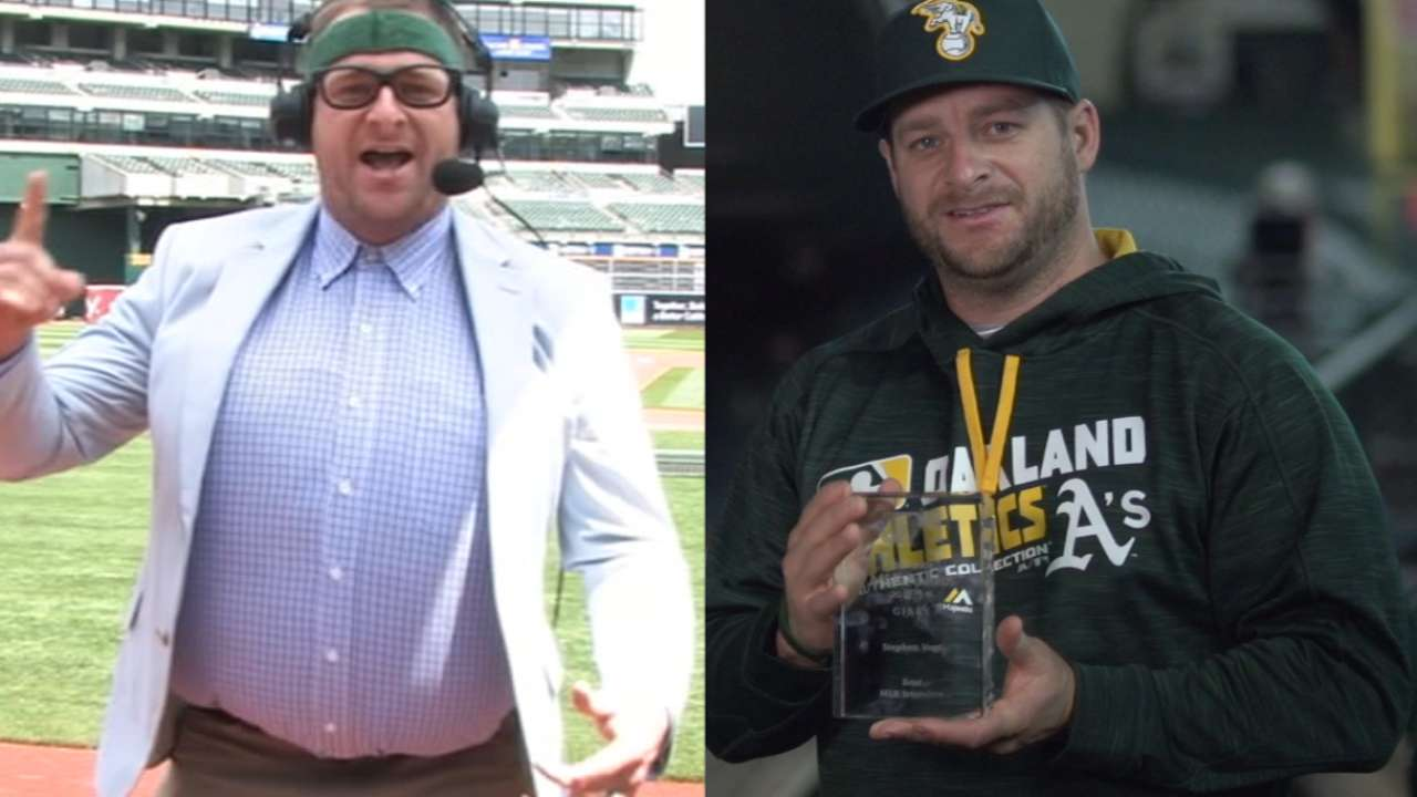 Vogt receives award for Foley impression