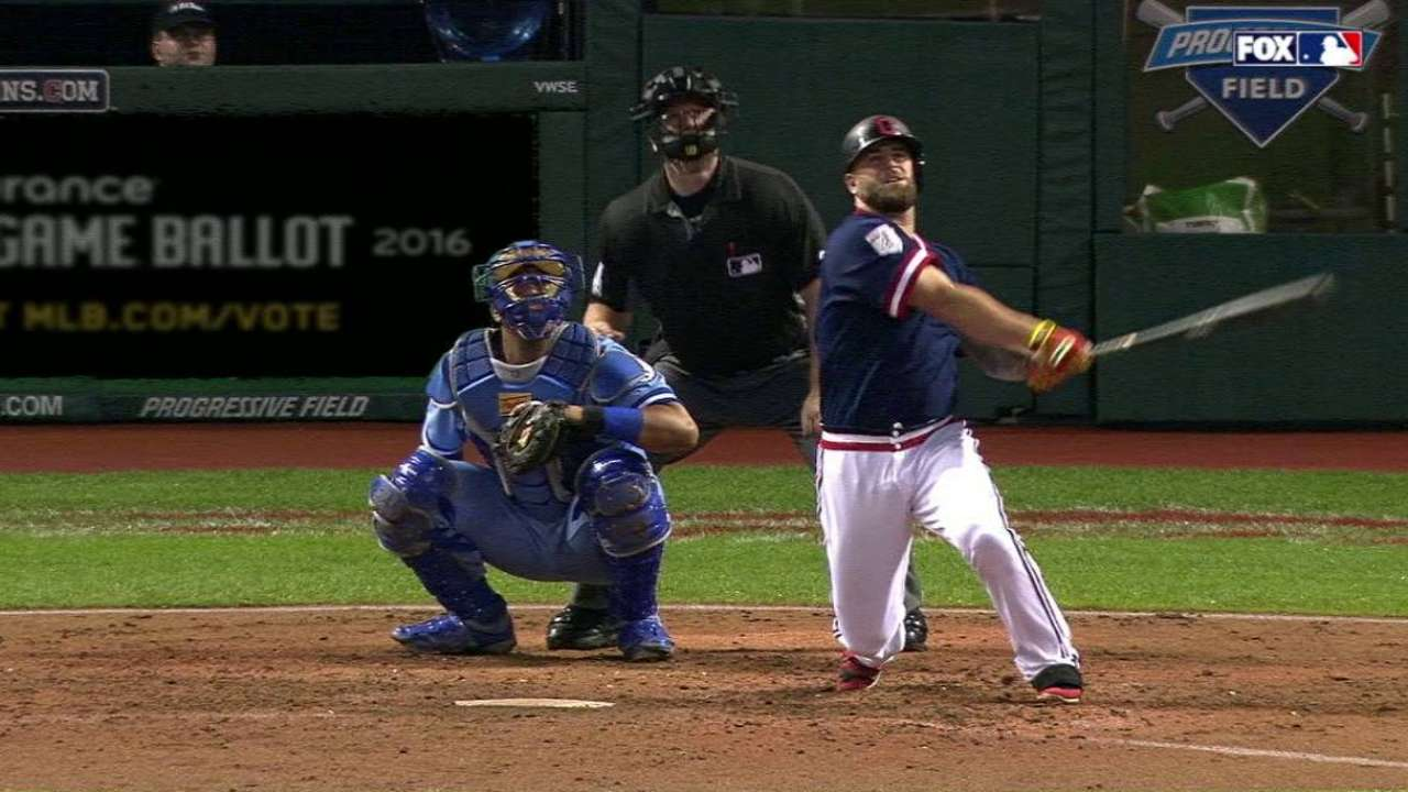 Napoli brings the boom in win over Royals