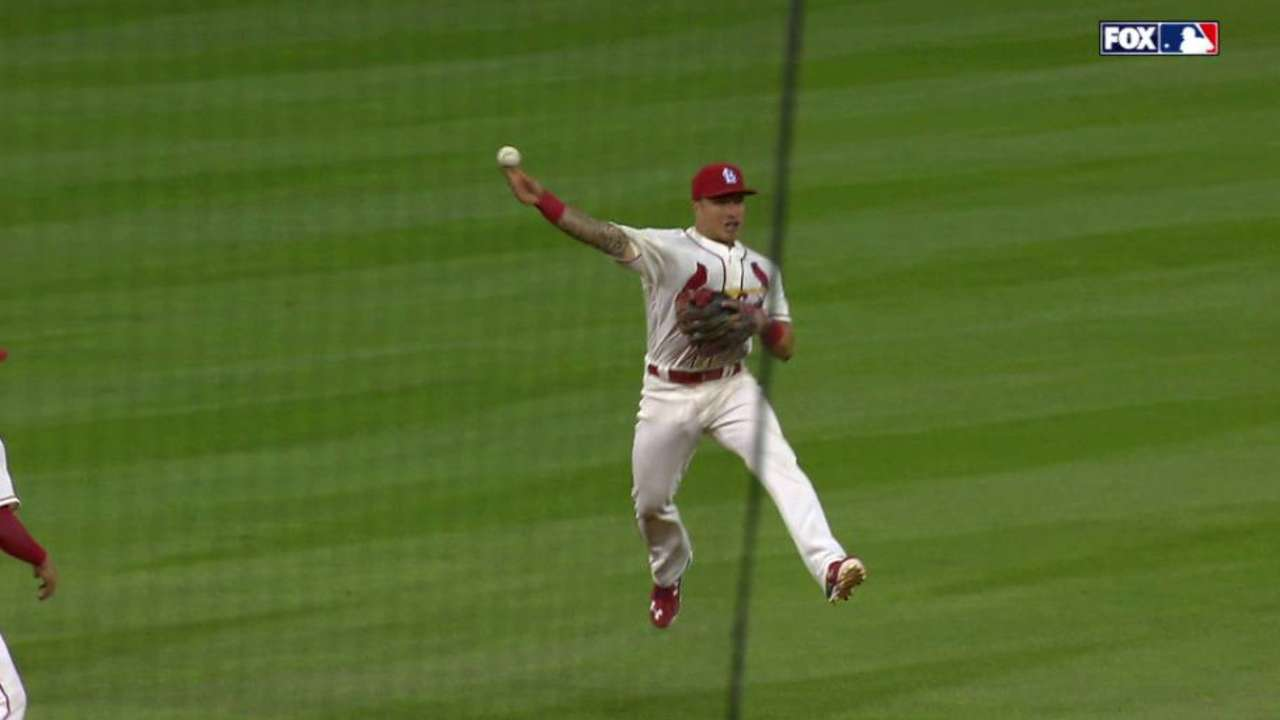 Cards option Wong to Triple-A; Peralta set to return