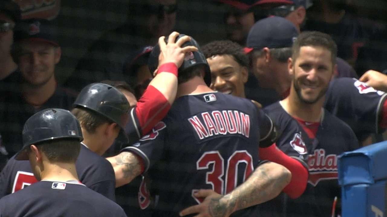 Indians' three-homer 5th inning