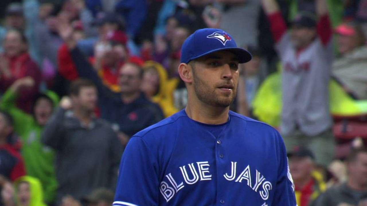 4 HRs, Estrada's no-hit bid lead Toronto's win