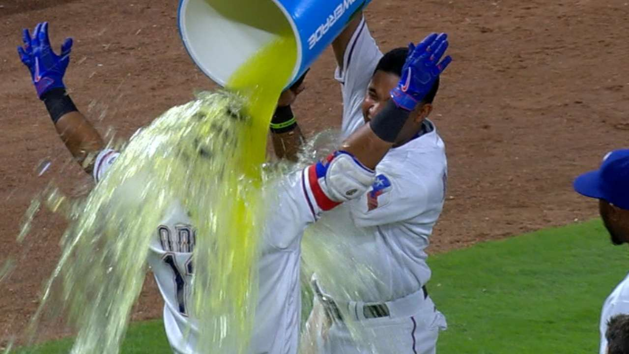 Odor's three-RBI game