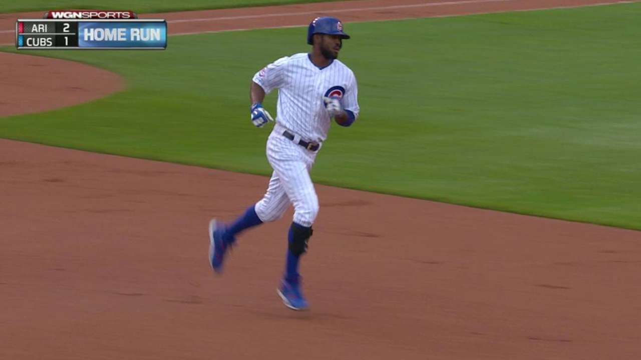 Fowler surges to lead in NL outfield voting