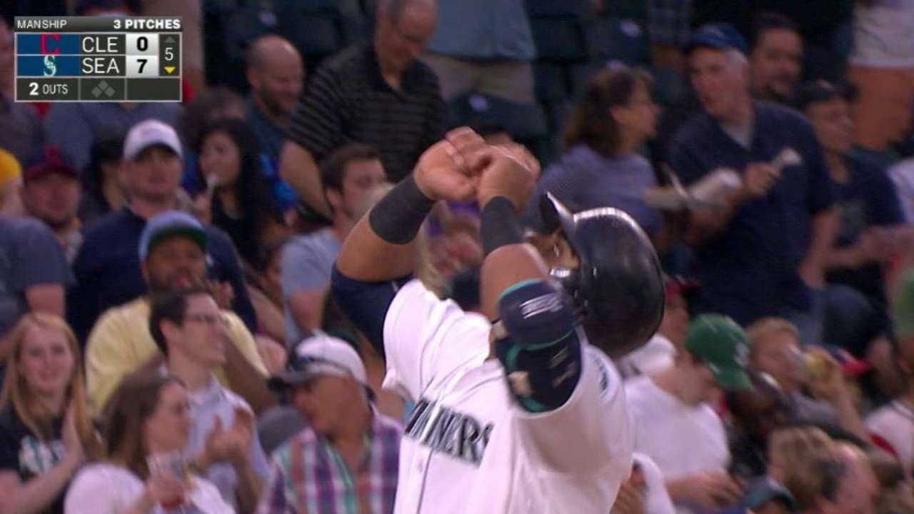 Cruz's second home run